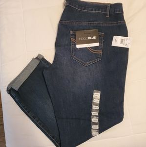 NWT Indigo Blue Maternity Crop Jeans